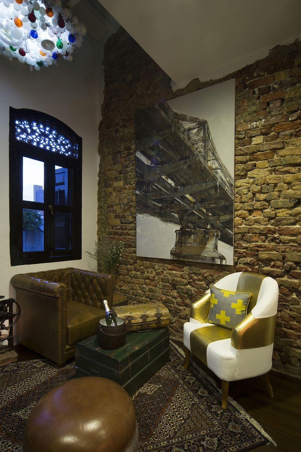 turkish interior design elements in cicheti italian restaurant