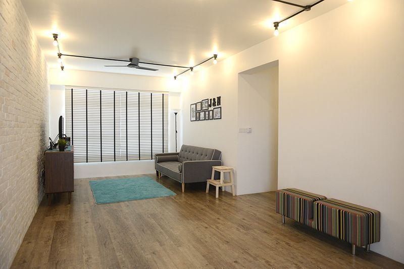 House tour jai and noora 39 s spacious minimalist industrial for Hdb minimalist interior design