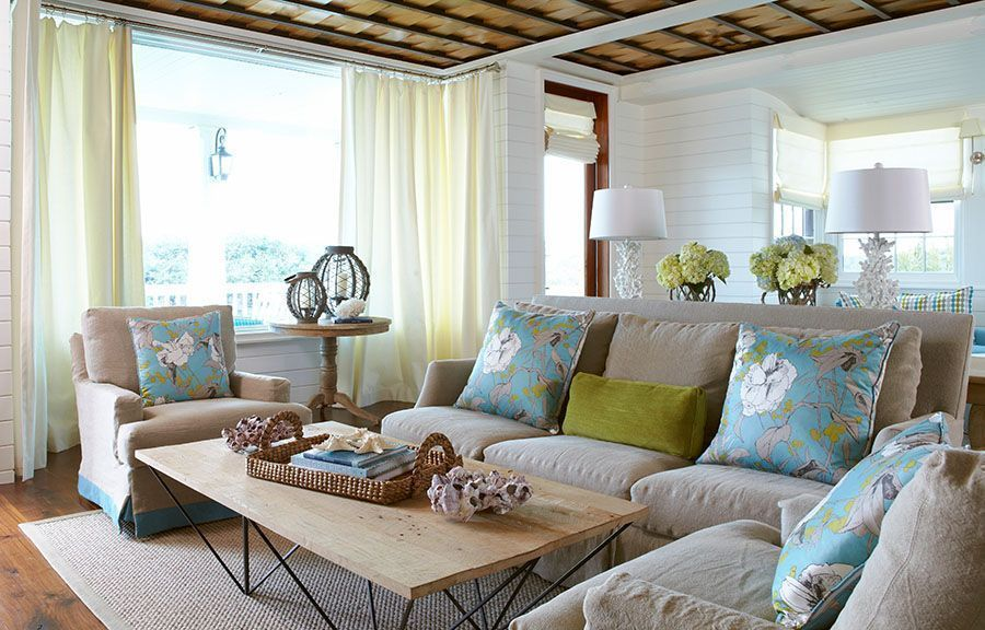 7 Ways to Make Your Living Room More Relaxing