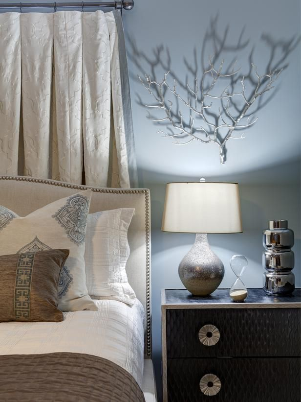Video: 5 Secrets to The Perfect Bedroom