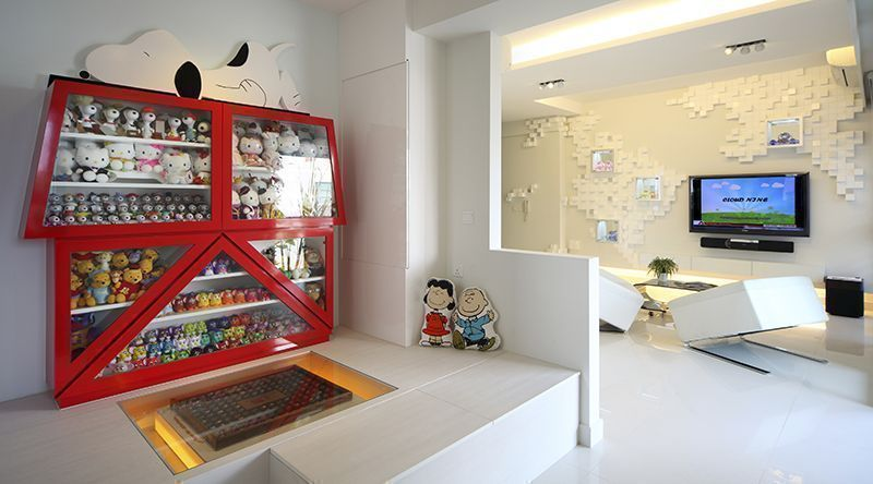 House Tour: A Cartoon Lover's Home in Geylang