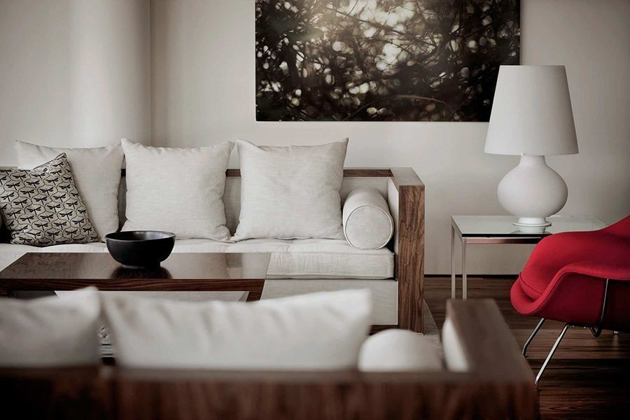 Video: Decorating Tips for a Modern Relaxing Room