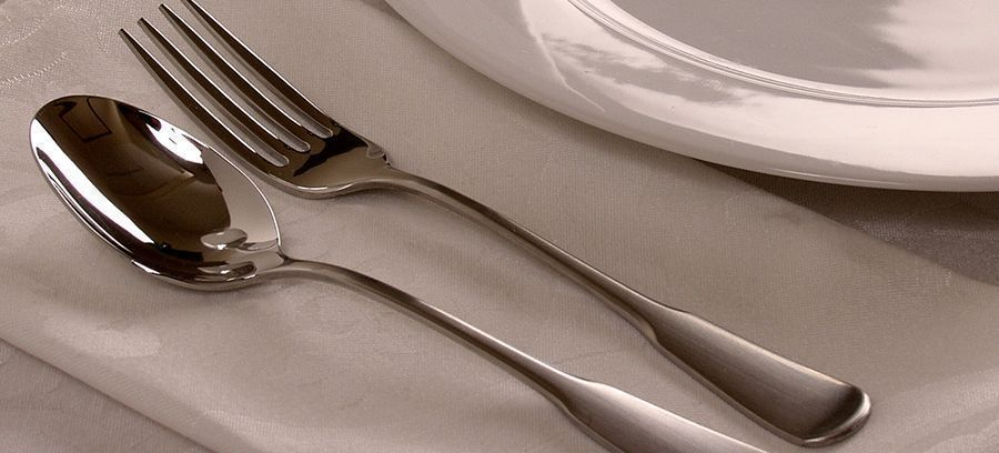 Video: How to Clean Silver Cutlery