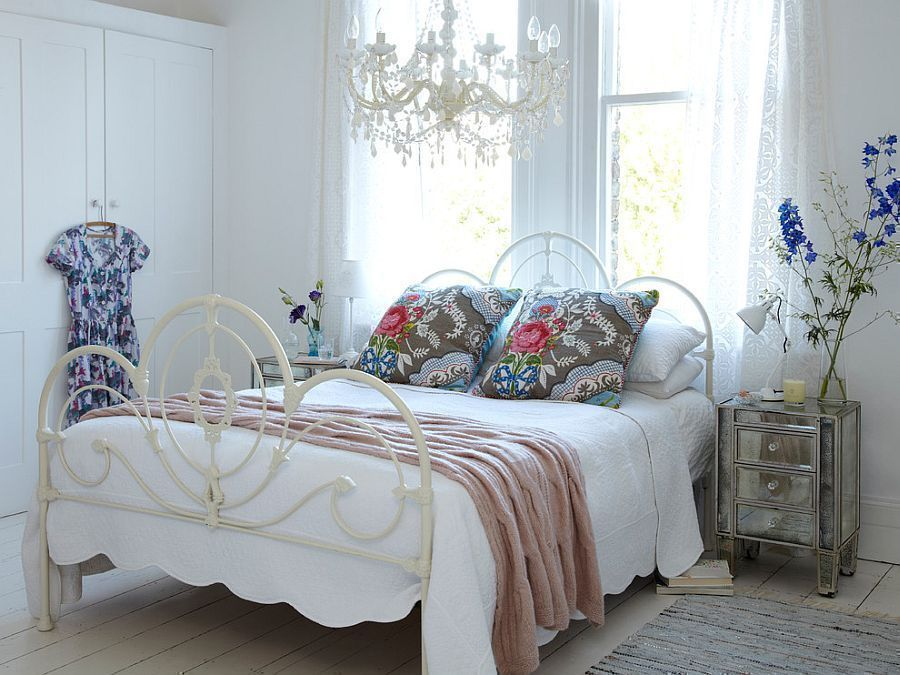 14 Shabby Chic Bedroom Ideas