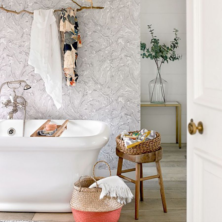 12 Stunning Small Bathrooms