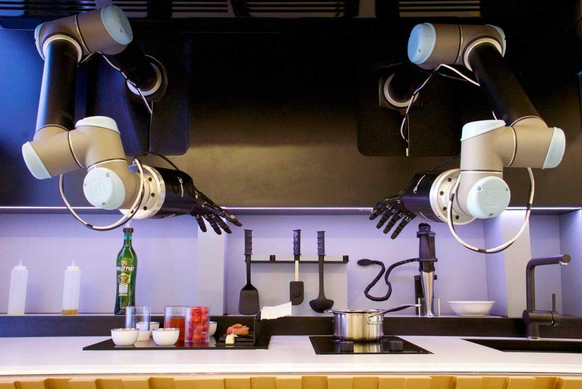 Video: Robot Master Chef That Can Cook, Do the Dishes, Clean Up