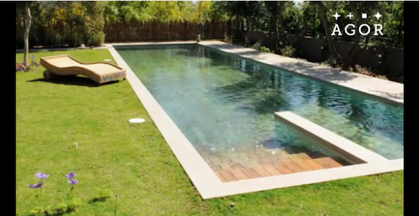 Video: The Pool That Disappears and Appears As You Wish