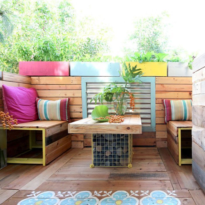 DIY Ideas to Spruce Up an Outdoor Space