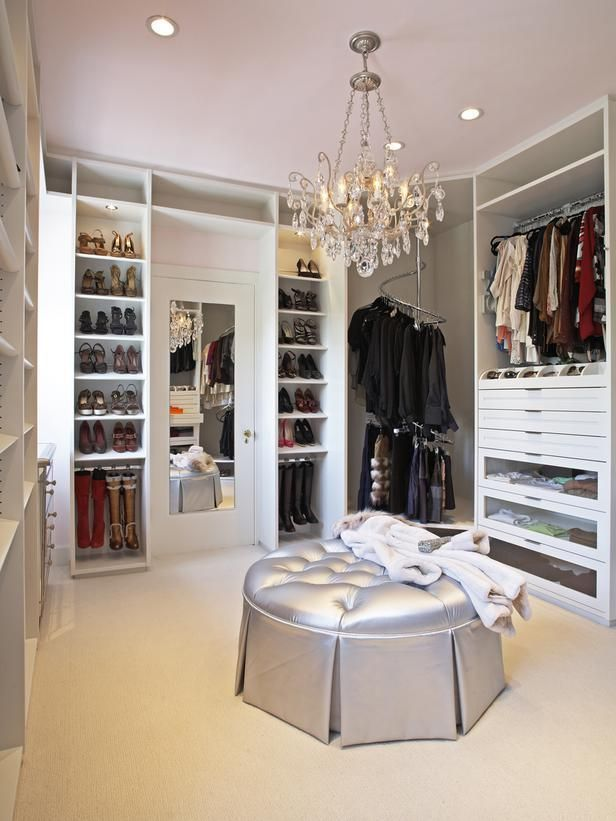 Chandeliers Lend A Glamorous Touch, While Revolving Clothes Racks Make  Efficient Use Of Corner Spaces.