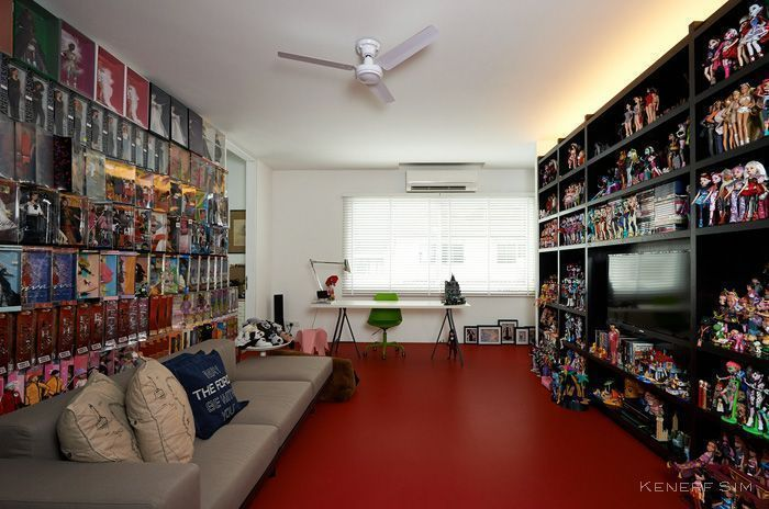 Video: A Singaporean's Home Filled With Barbie Dolls