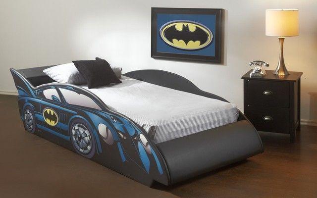 cool batman theme bedroom for boys who love superheroes